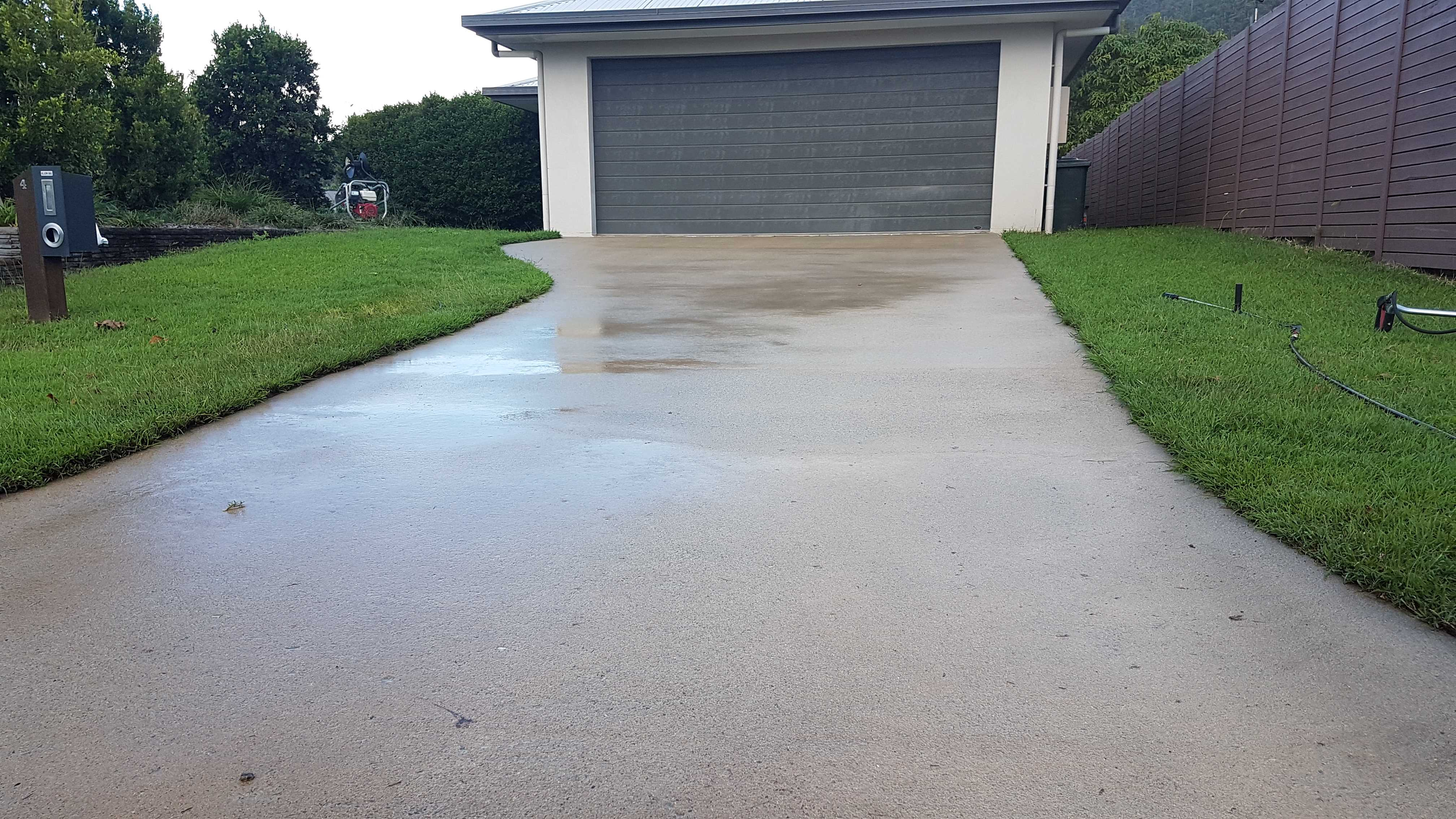 Stay Green Lawn Care - Pressure Washing (28)