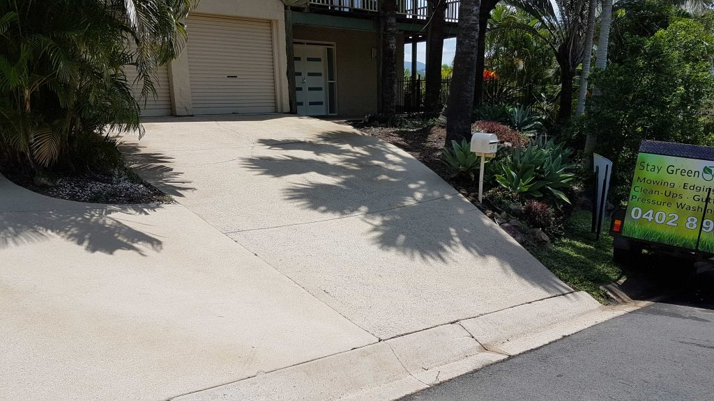 Stay Green Lawn Care - Pressure Washing (16)